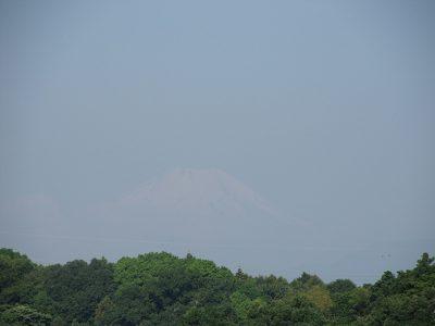 雷雨で空気洗浄・・今朝の富士山
