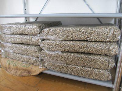 夏休み対策のコーヒー生豆準備