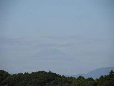 衣替えを迎えた富士山