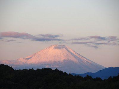 妻が撮った朝焼け富士山