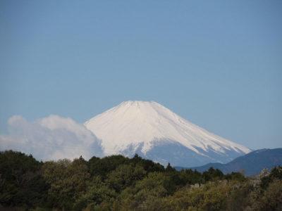 昨日の富士山、そして積雪した丹沢、箱根の画像
