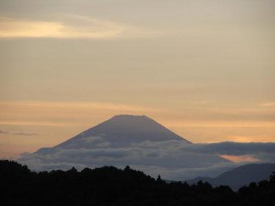山の日の富士山