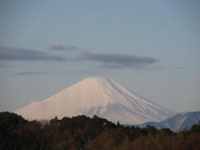 雪上がりの富士山と箱根