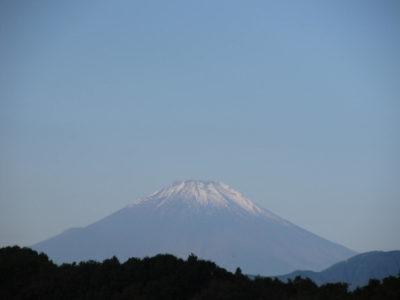 秋空に映える富士山
