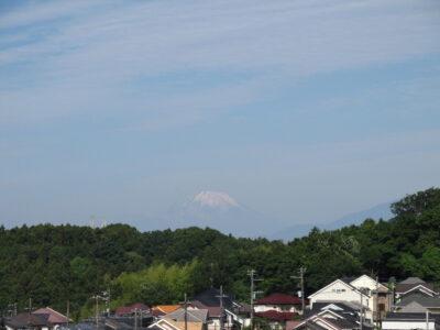 梅雨入り前の富士山